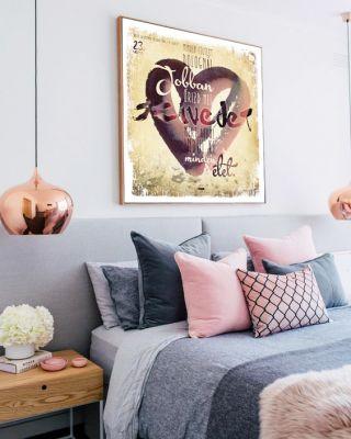 Bibliaidézet-poszter a falon